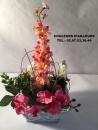 corbeille-osier-carre-blanc-fleurs
