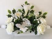 jardiniere-blanche-fleur-angelot-papillon
