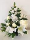 9 Pot boule noire fleurs blanche